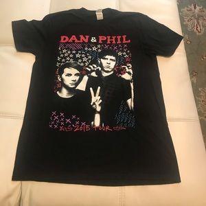Dan and Phil 2015 UK tour t-shirt